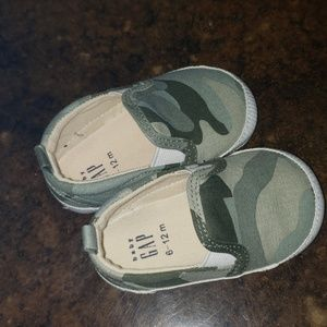 Baby GAP Camo Camouflage slip on shoes 3 6 12
